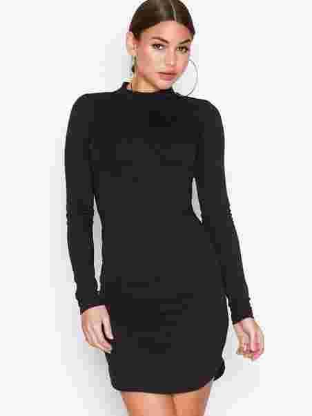 e3bc2400afad1e Off Duty Dress - Nly Trend - Zwart - Doordeweekse Jurken - Kleding ...