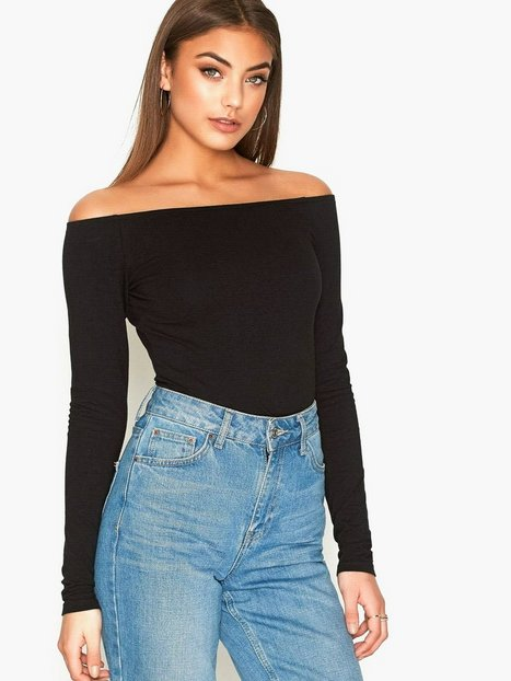 off duty shoulder top nly trend schwarz tops kleidung damen mode online. Black Bedroom Furniture Sets. Home Design Ideas