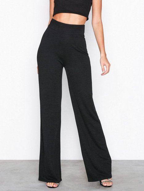 Billede af NLY Trend Crepe Straight Pants Bukser Sort