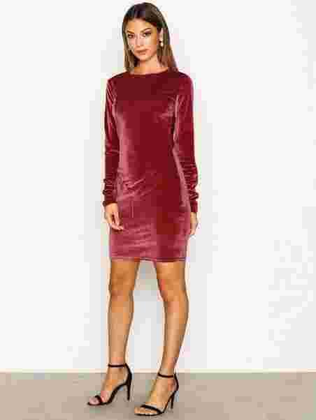 e74b145aa225f Velvet Mini Dress - Nly Trend - Fuchsia - Party Dresses - Clothing ...