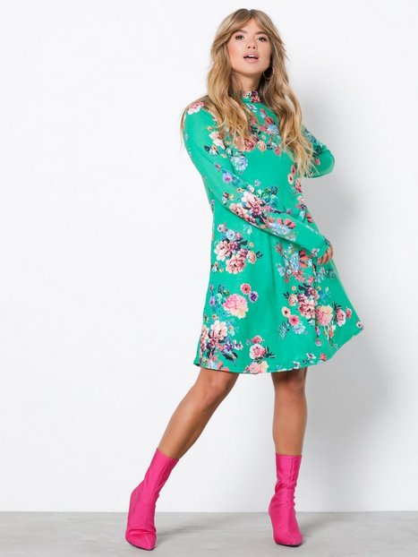 Billede af NLY Trend Print Swing Dress Langærmede kjoler Grøn