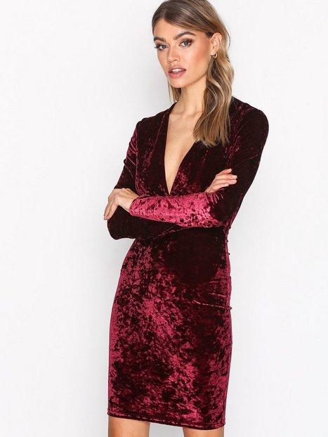 NLY Trend V Drop Crush Velvet Dress Kotelomekot Viininpunainen thumbnail
