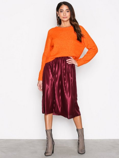 NLY Trend Pleated Skirt Midikjolar Lila thumbnail