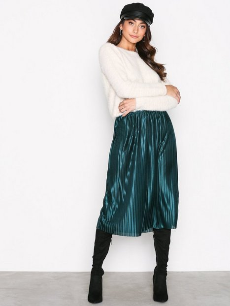 NLY Trend Pleated Skirt Midikjolar Emerald Green thumbnail