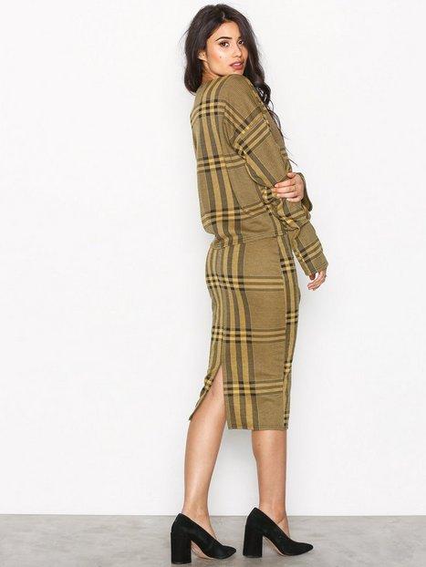 Pencil Check Skirt