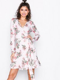 Festkjoler, Jersey Frill Wrap Dress, NLY Trend - NELLY.COM