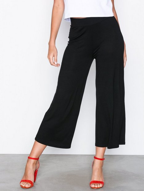 Billede af NLY Trend Basic Culottes Bukser Sort