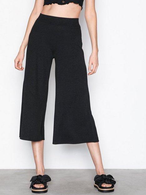 Billede af NLY Trend Culotte Crepe Pants Bukser Sort
