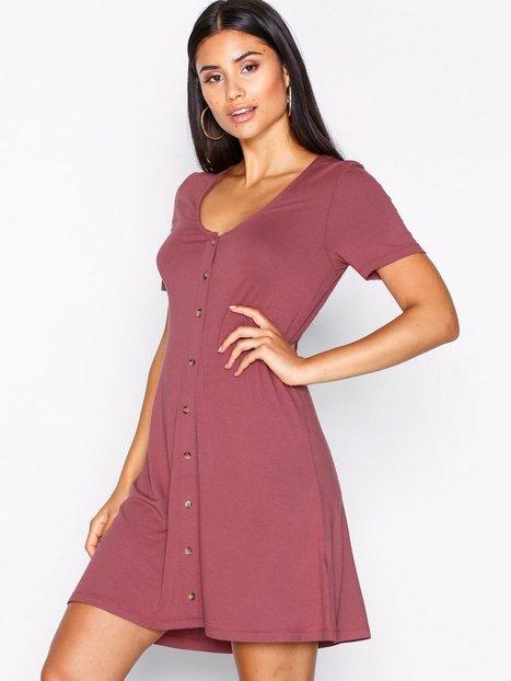 Billede af NLY Trend A lined Button Dress Skater kjoler Burgundy
