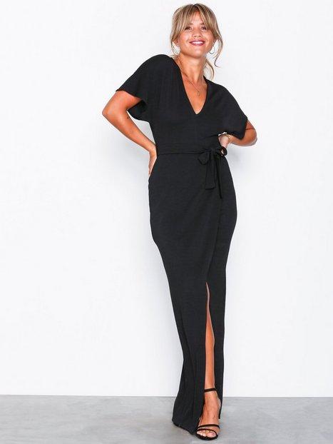 1fde3a784e24 Billede af NLY Trend Maxi Crepe Dress Maxikjoler Sort