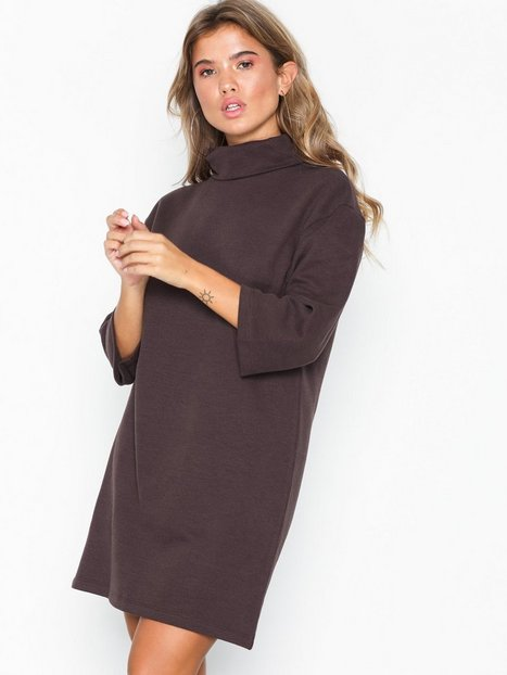 Billede af NLY Trend Oversize Polo Dress Loose fit dresses