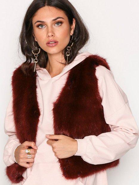 Billede af Dry Lake Cozy Short Vest Faux Fur Red