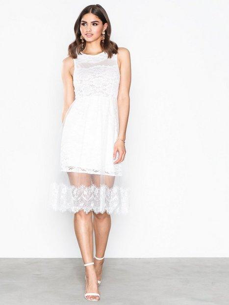 Billede af Dry Lake Cindy Dress Kropsnære kjoler White