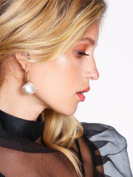 Billede af WOS Big Pearl Earrings Øreringe