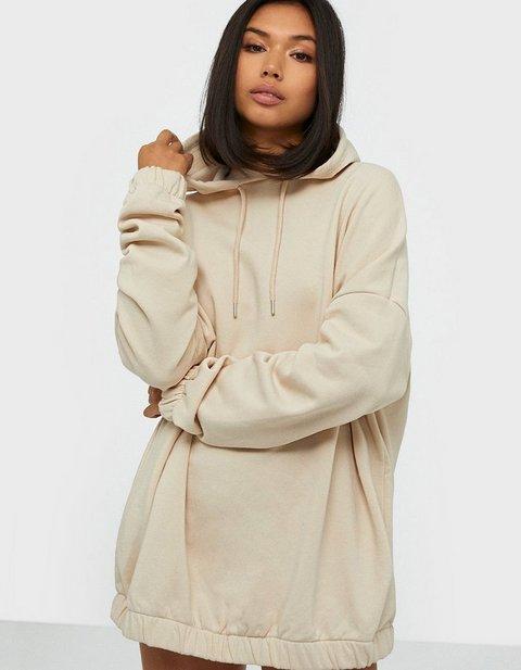 Køb Nike Tøj til Kvinder Online | FASHIOLA.dk | Sammenlign & køb