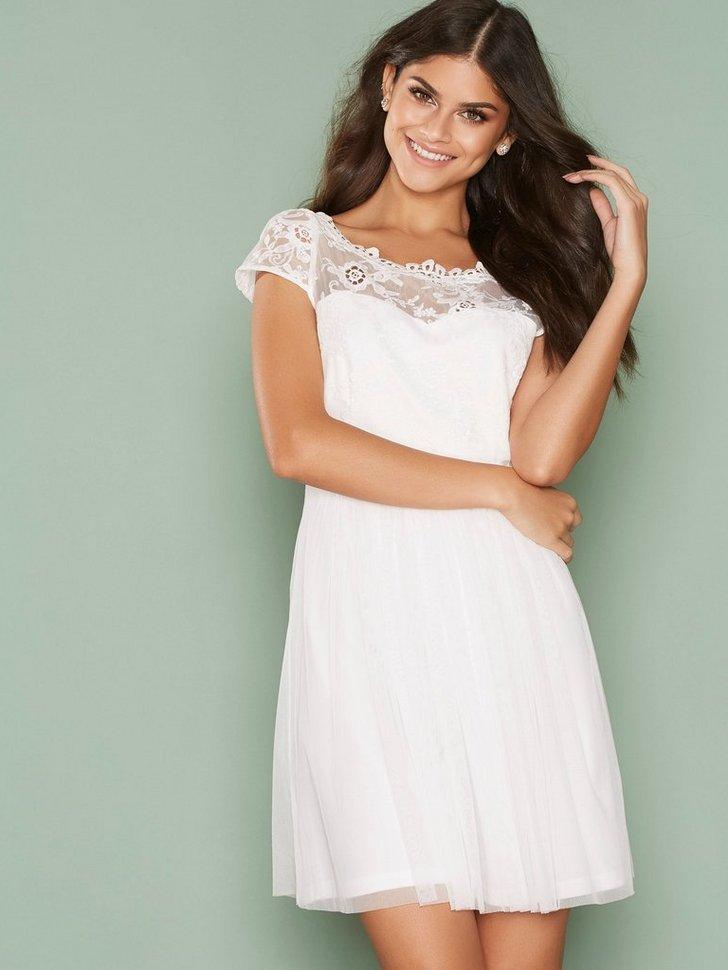 Nelly.com SE - VIULRICANA SHORT DRESS/STU 299.00 (599.00)