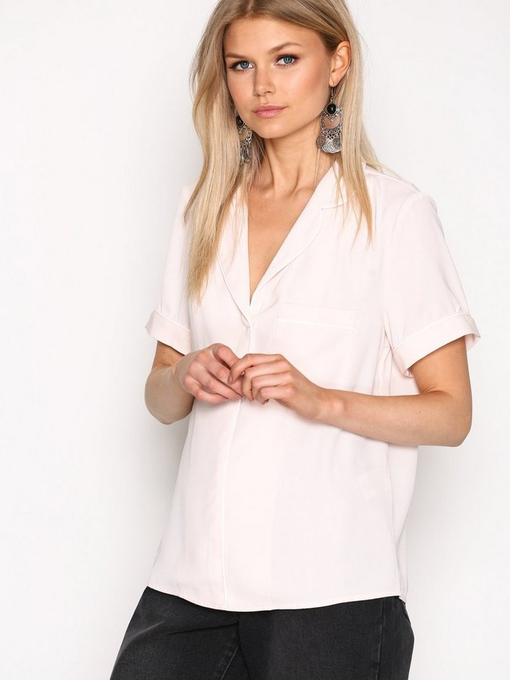 Nelly.com SE - VIPIPING  S/S TOP 349.00