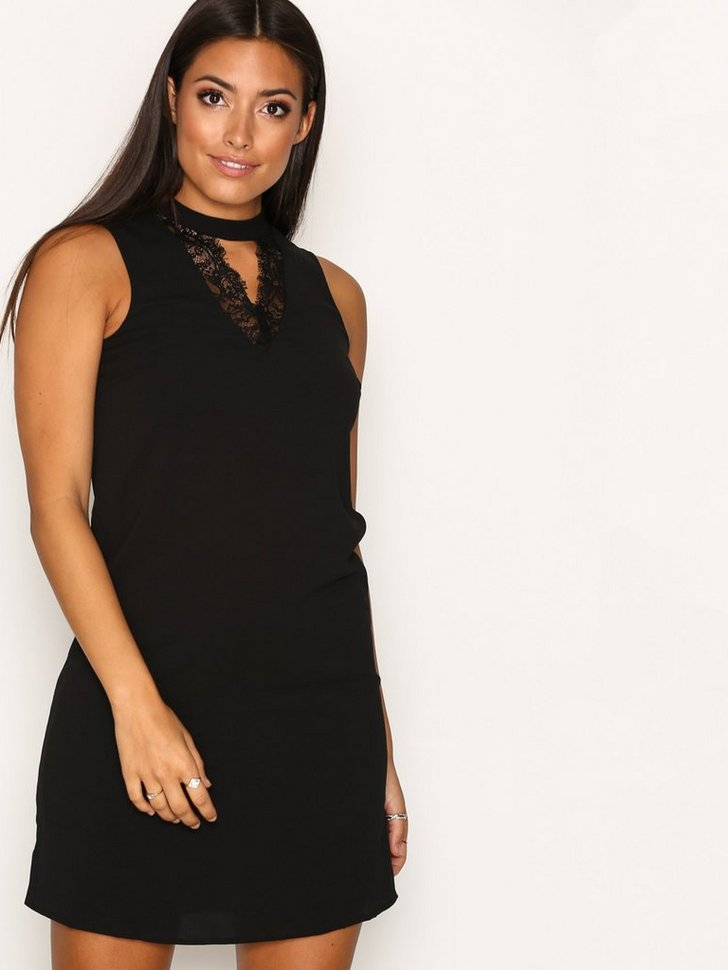 Nelly.com SE - VMPHILIPPA S/L CHOKER SHORT DRESS N 299.00 (379.00)