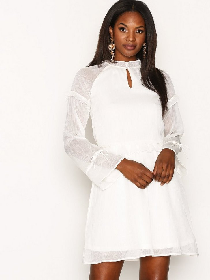 Nelly.com SE - PCELOM LS DRESS FF 229.00 (449.00)