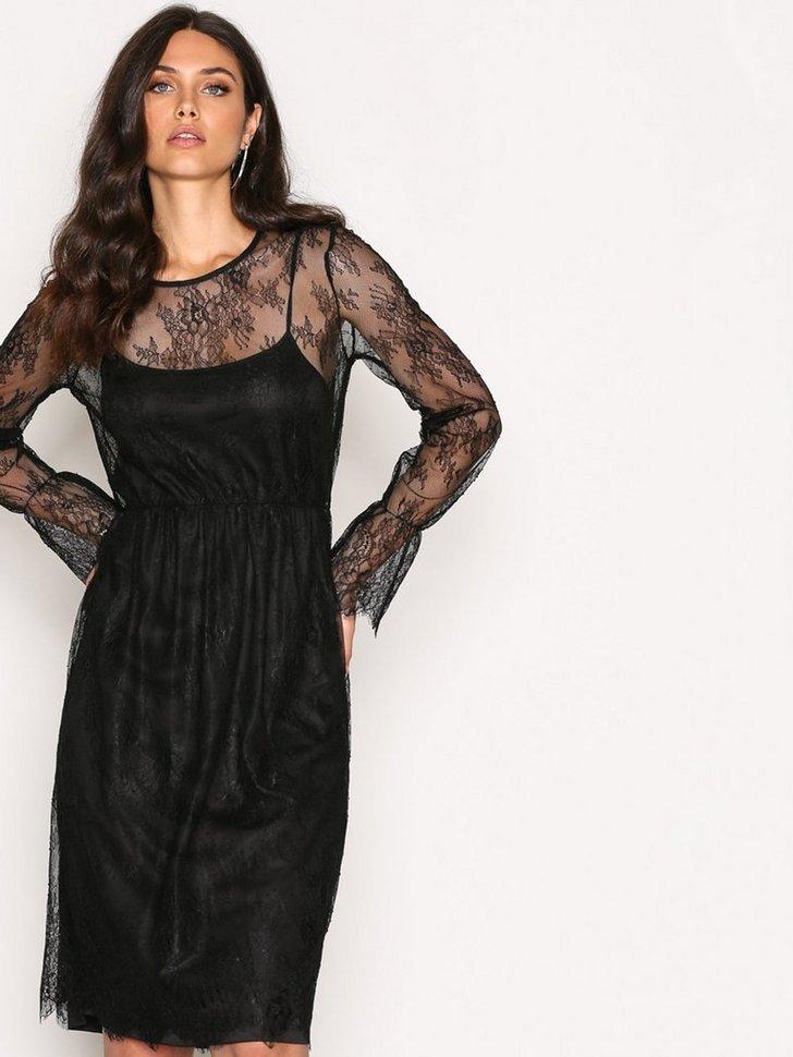 Festkjole VMSWAN LACE DRESS D2 7 festtøj