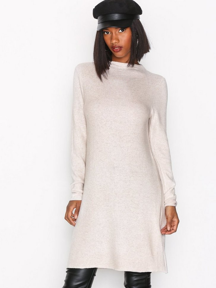 Nelly.com SE - onlKLEO L/S DRESS KNT NOOS 279.00