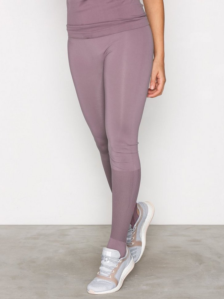 Nelly.com SE - onpOLIVIA SEAMLESS YOGA TIGHTS 143.00 (239.00)
