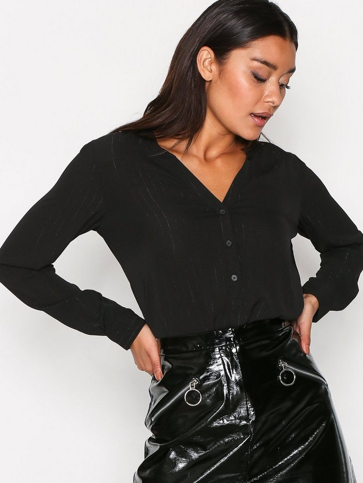 Nelly.com SE - JDYSERENITY L/S PLACKET TOP WVN 143.00 (239.00)