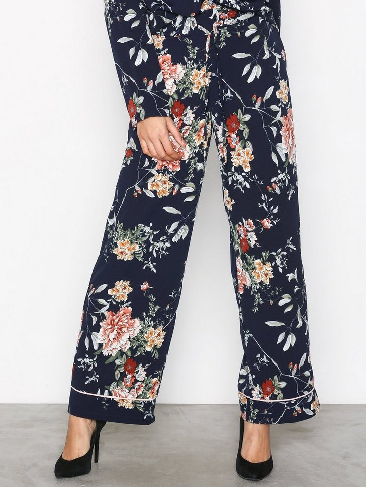 Nelly.com SE - onlTERRA WIDE PANT WVN 227.00