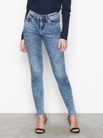 Vero Moda - VMSEVEN NW SS PIPING JEANS AM691 NO