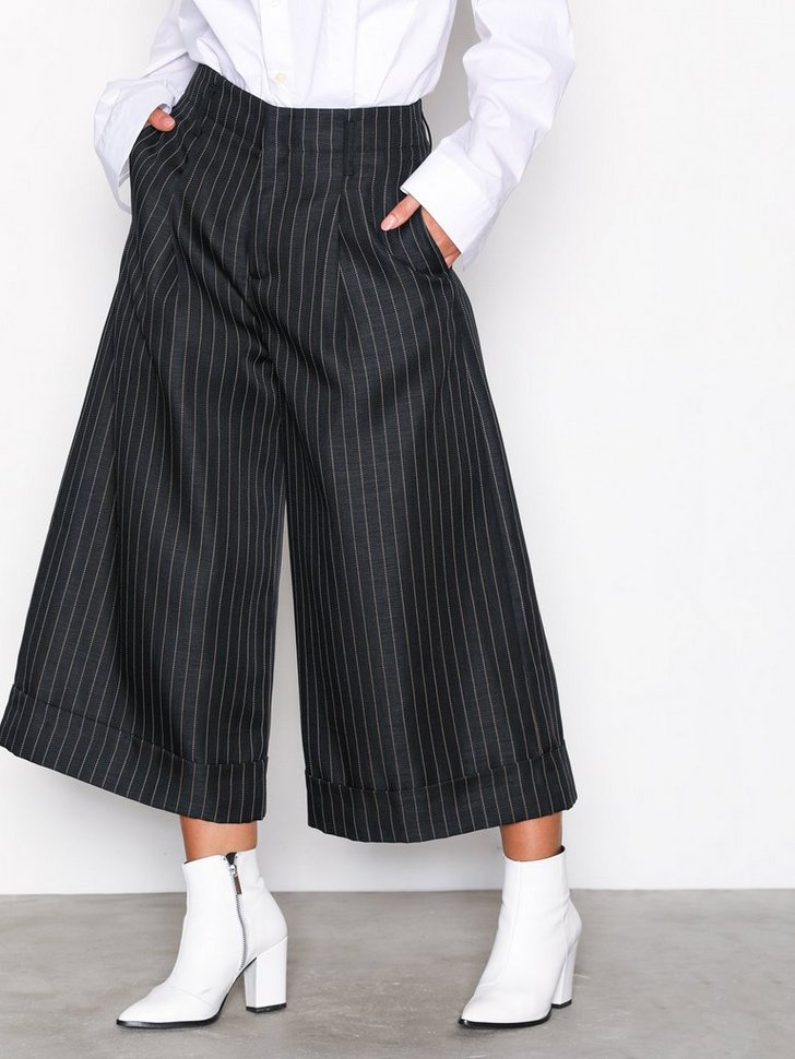 Nelly.com SE - Far Trouser 1898.00