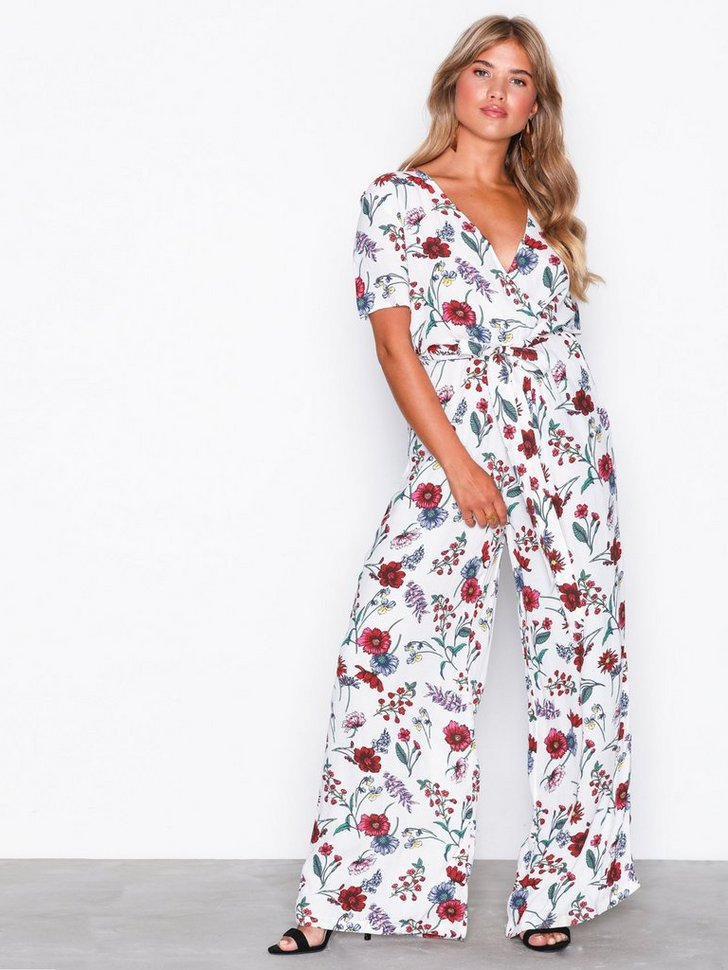 Nelly.com SE - VIGARDY S/S JUMPSUIT /RX 549.00