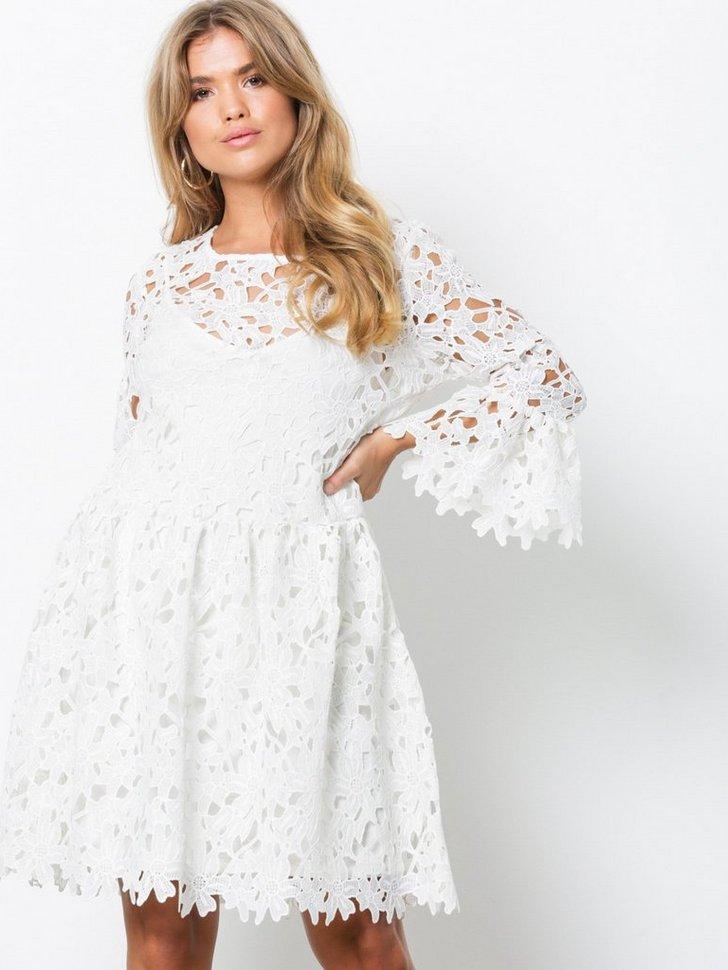 Festkjoler onlDAISY FRILL EMB DRESS JRS - festtøj mode