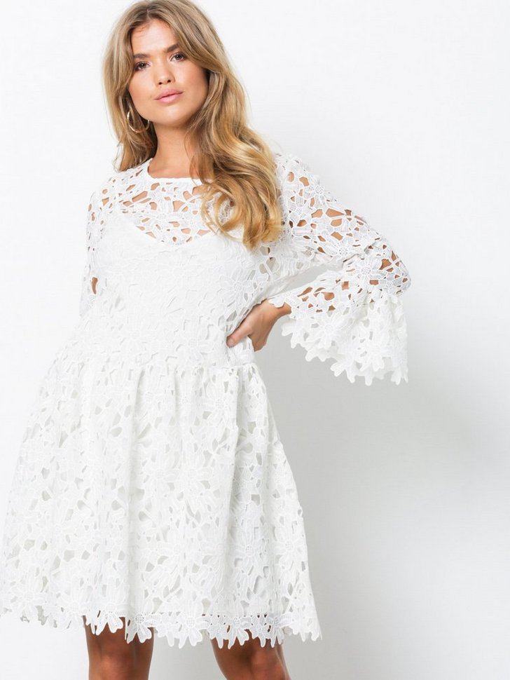 onlDAISY FRILL EMB DRESS JRS køb festkjole