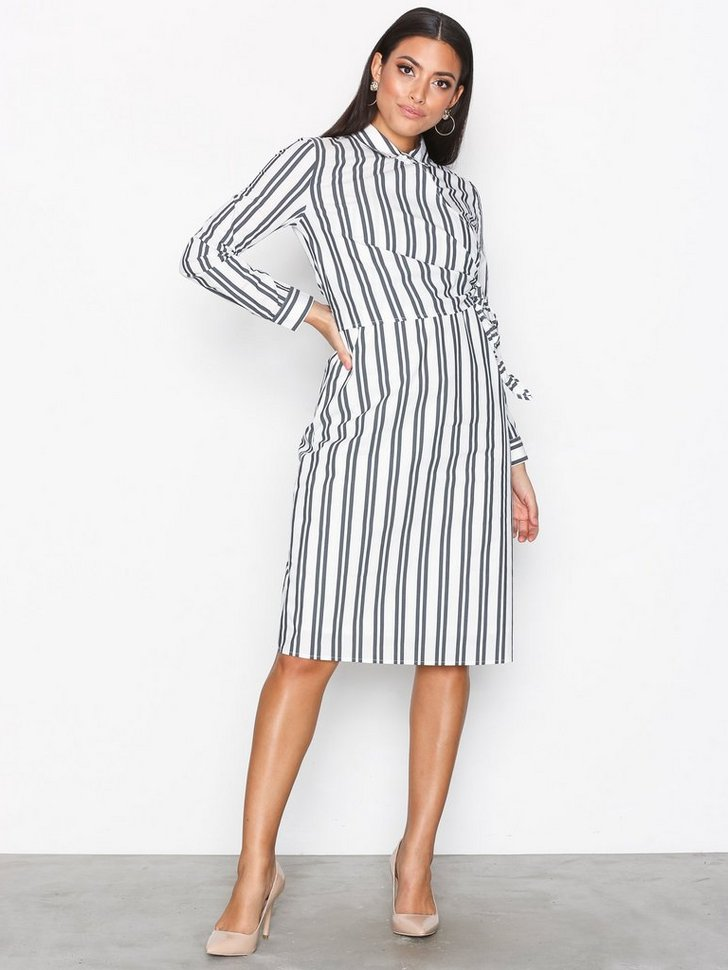 Nelly.com SE - SFEVELYN LS SHIRT DRESS 599.00 (999.00)