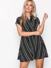 Womens Vmlaura Ss Dress Vero Moda FmkHUc