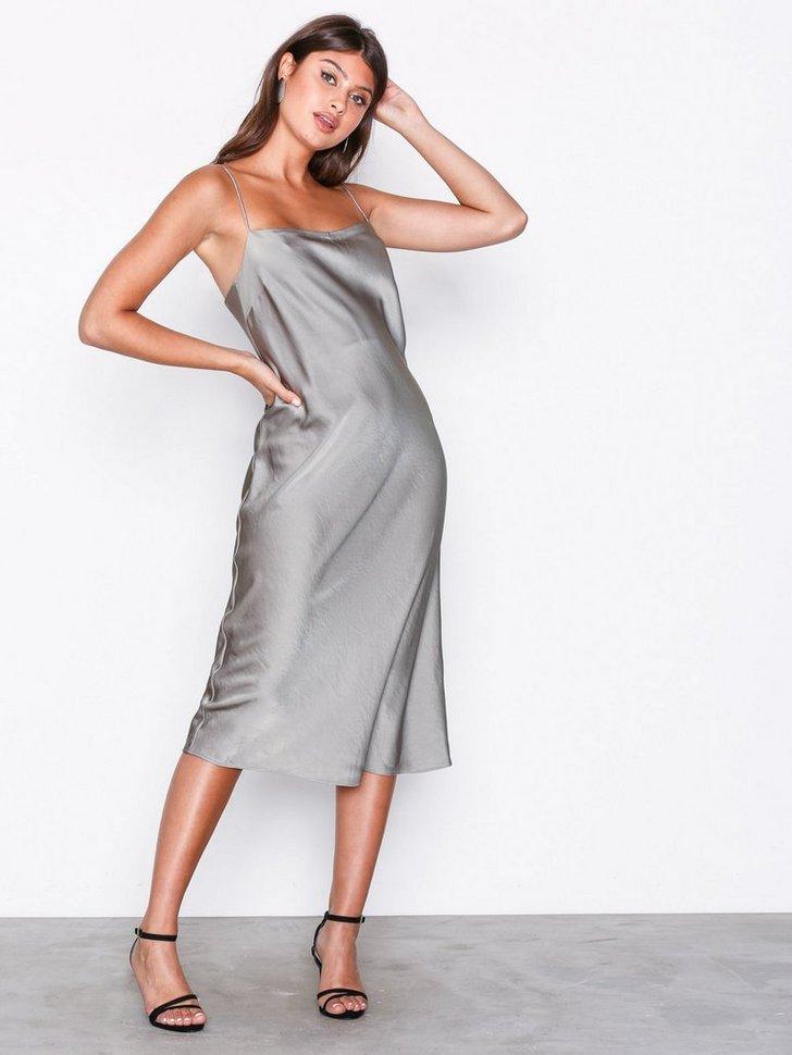 Satin Slip Dress køb festkjole