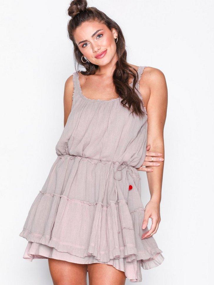 Nelly.com SE - love crush dress 1594.00