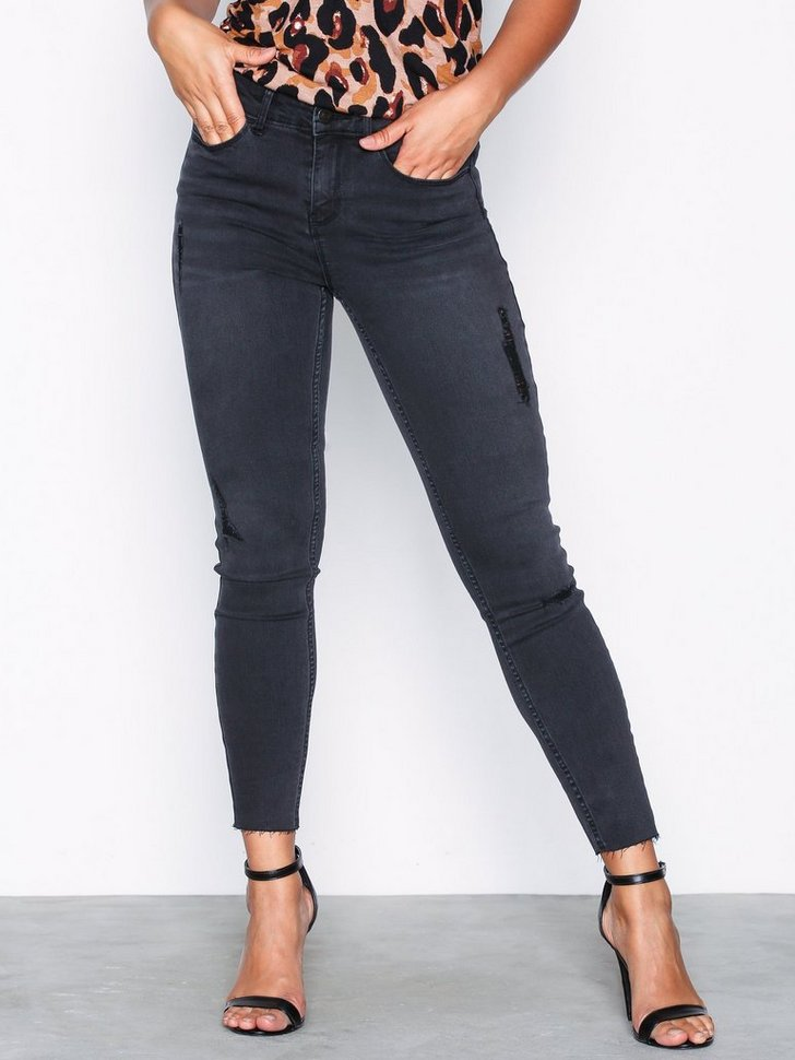 Nelly.com SE - VICOMMIT FELICIA RW SLIM 7/8 BLACK 349.00
