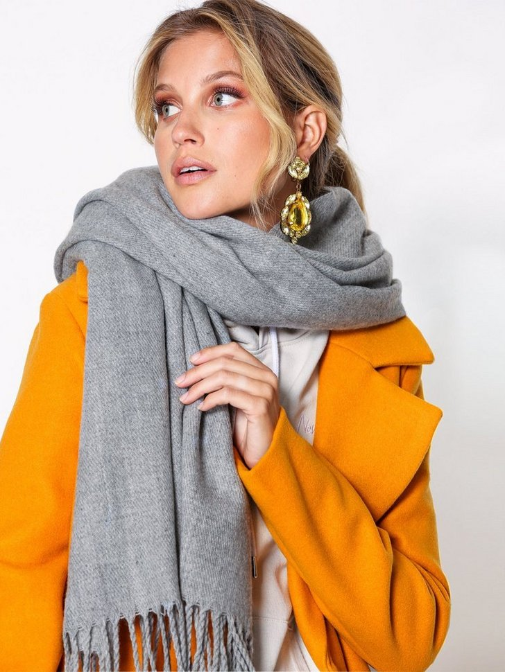 Nelly.com SE - VMSOLID LONG SCARF 159.00