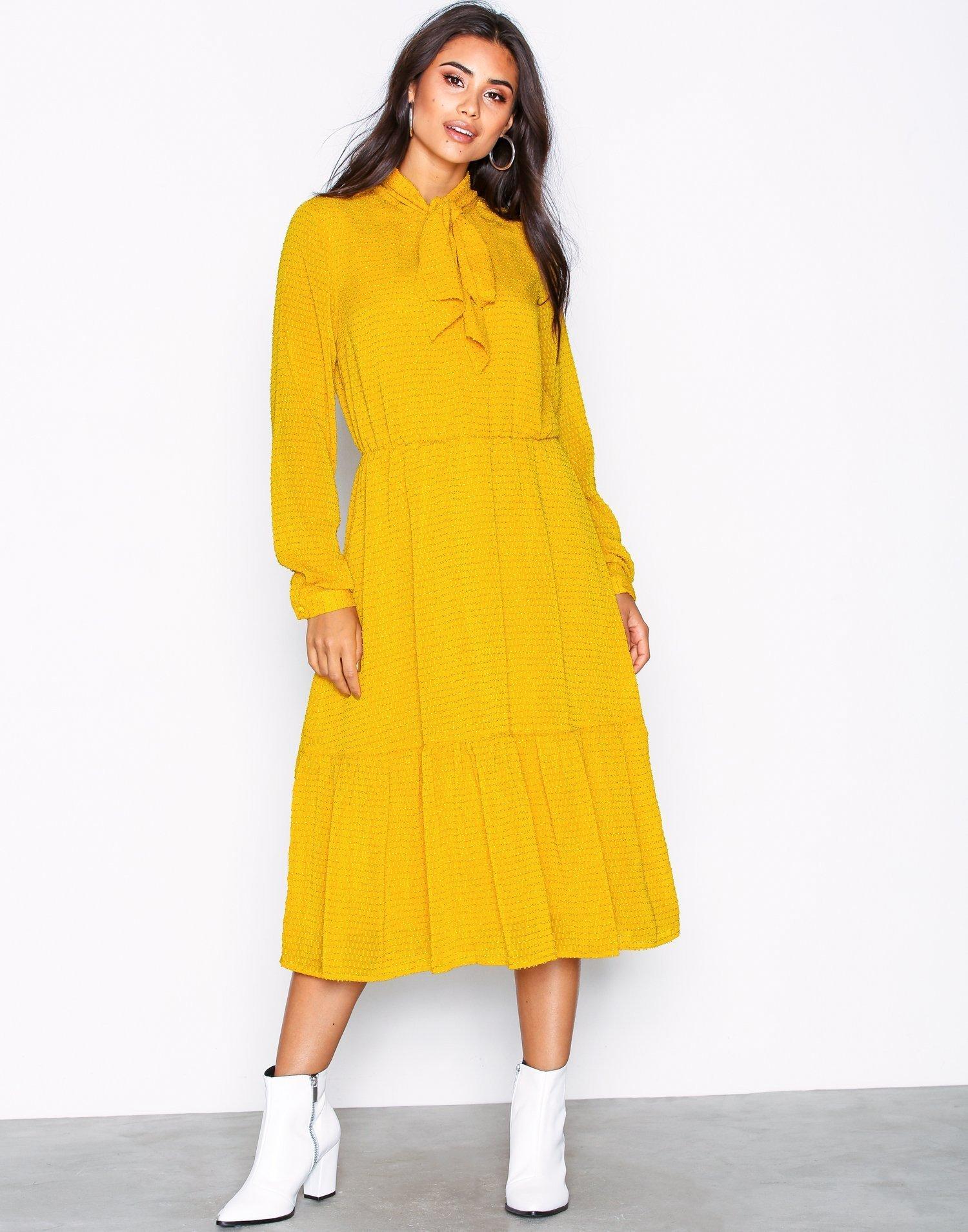 Yasbow Ls Dress by Y.A.S