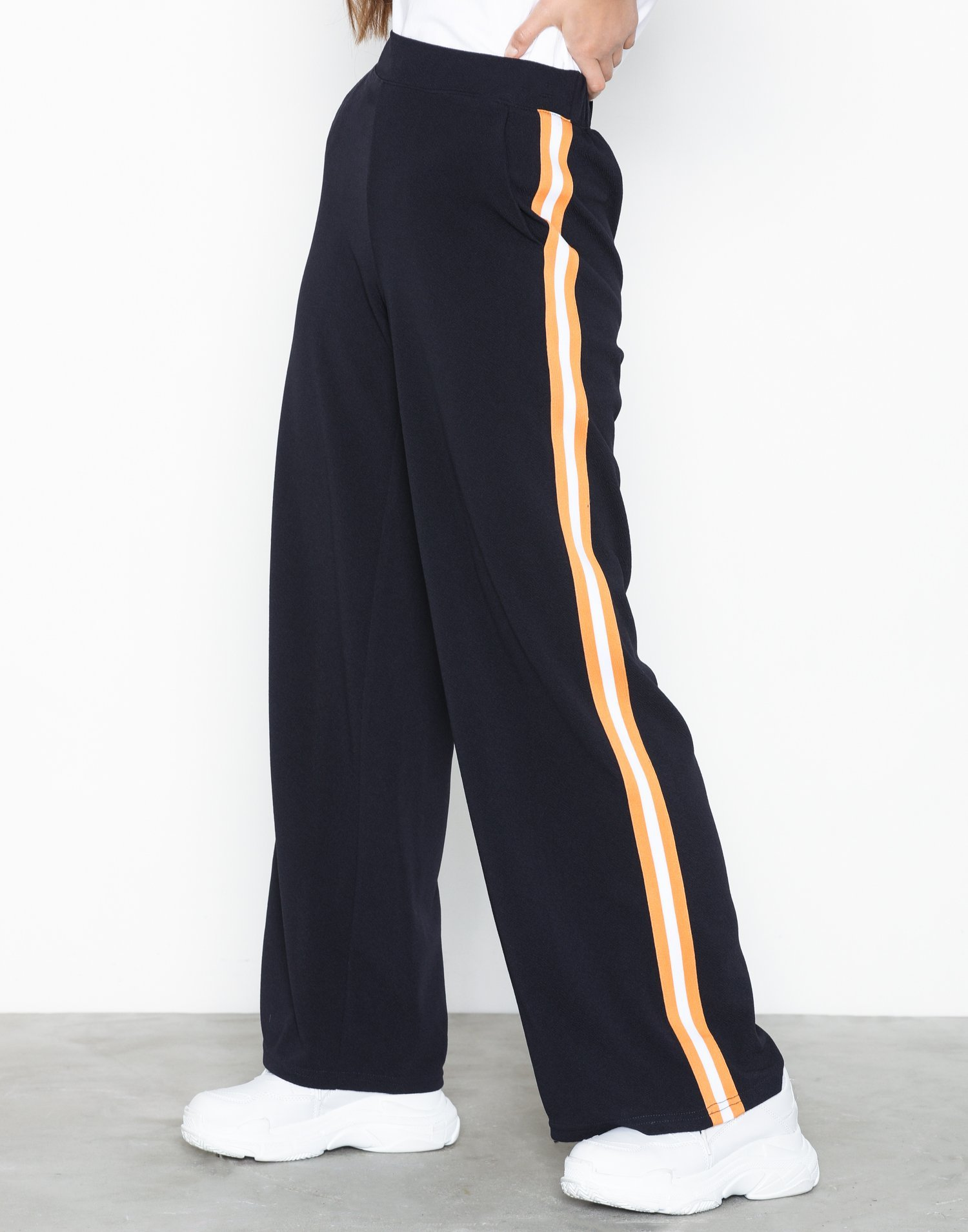 Vmsira Coco Nw Wide Pant by Vero Moda