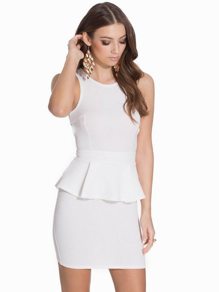 Nelly.com SE - Cross Back Peplum Dress 89.00 (298.00)