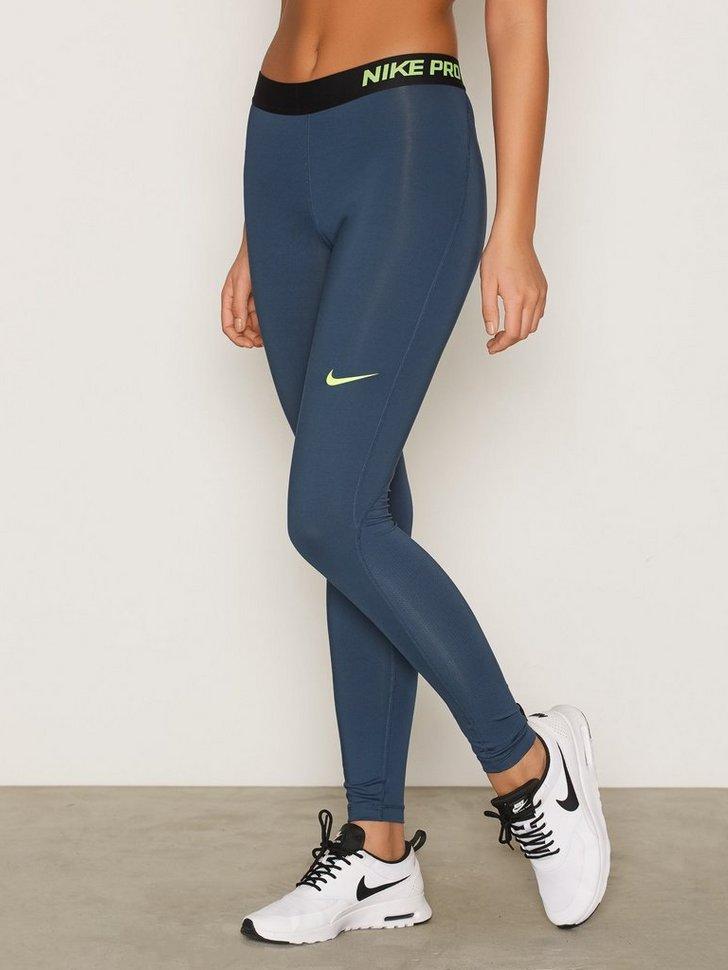 Nelly.com SE - Nike Pro Cool Tight 378.00