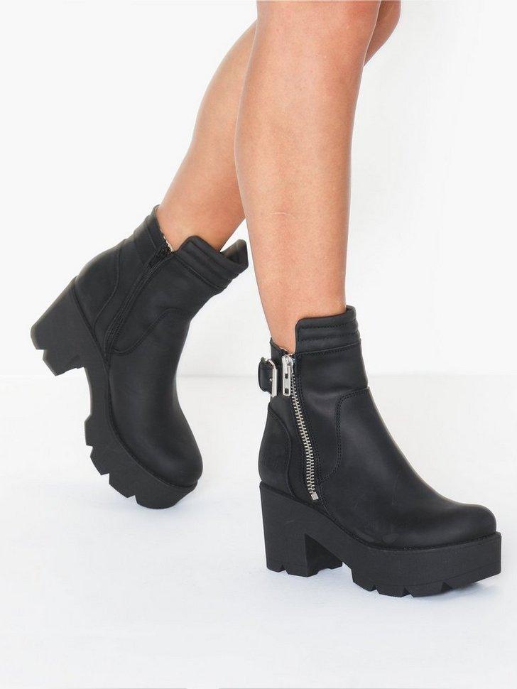 Nelly.com SE - Zip Buckel Back Boot 1398.00
