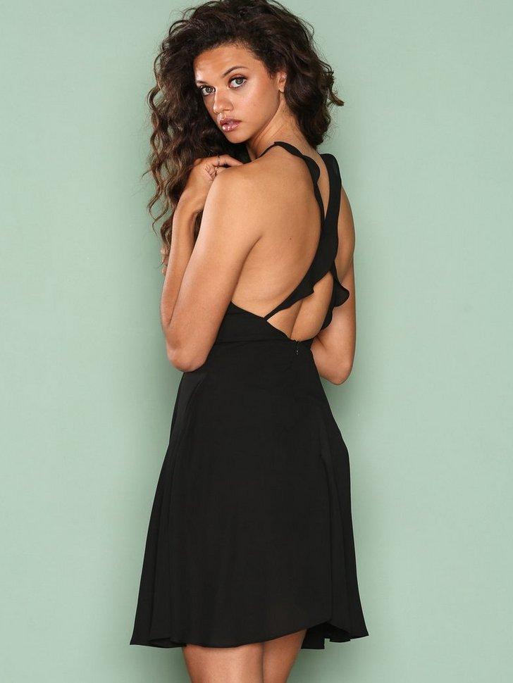 Nelly.com SE - Frill Off Dress 79.00 (398.00)