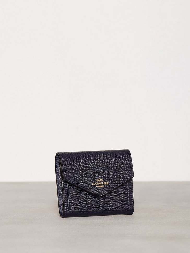 Nelly.com SE - Small Wallet 898.00