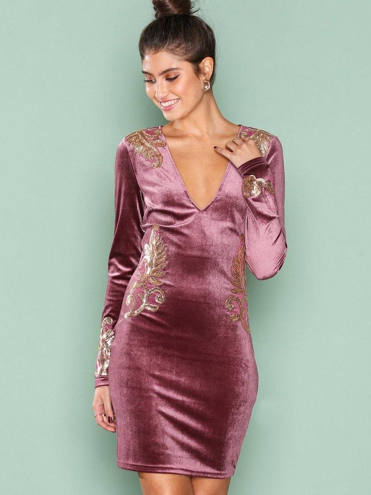 Nelly.com SE - Decore Velvet Dress 498.00