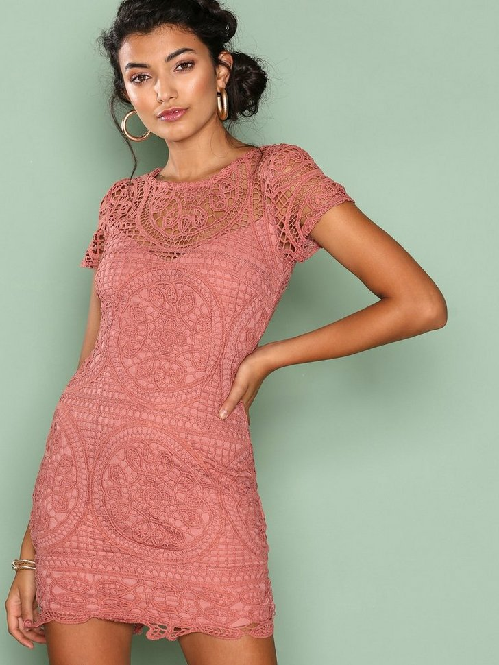 Nelly.com SE - Amalfi Lace Mini Dress 598.00