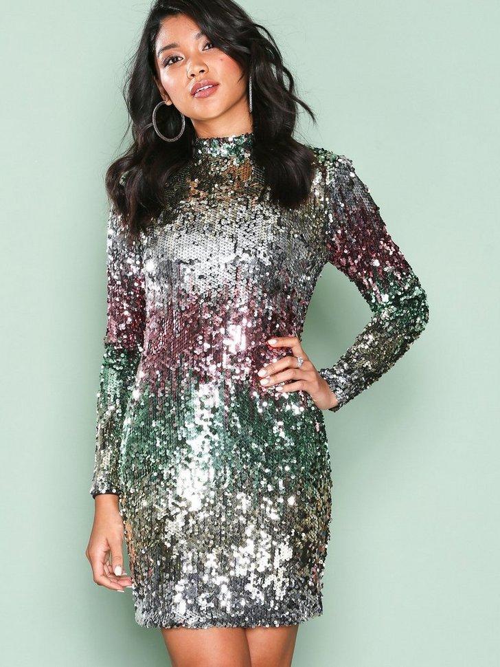 Nelly.com SE - Fade Away Sequin Dress 498.00