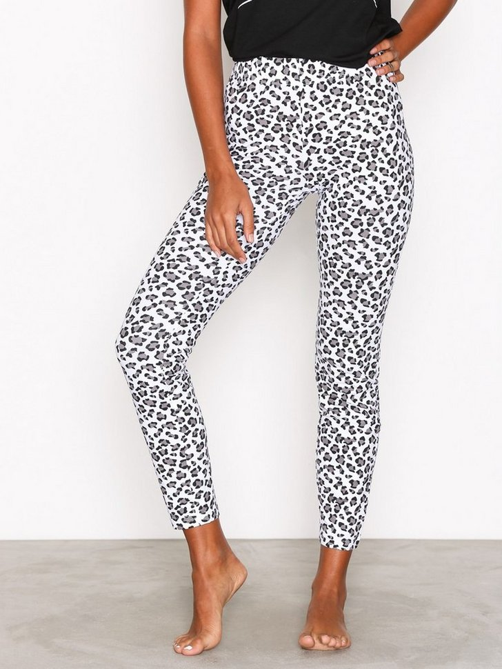 Nelly.com SE - Sleep Tight Darling Pants 198.00